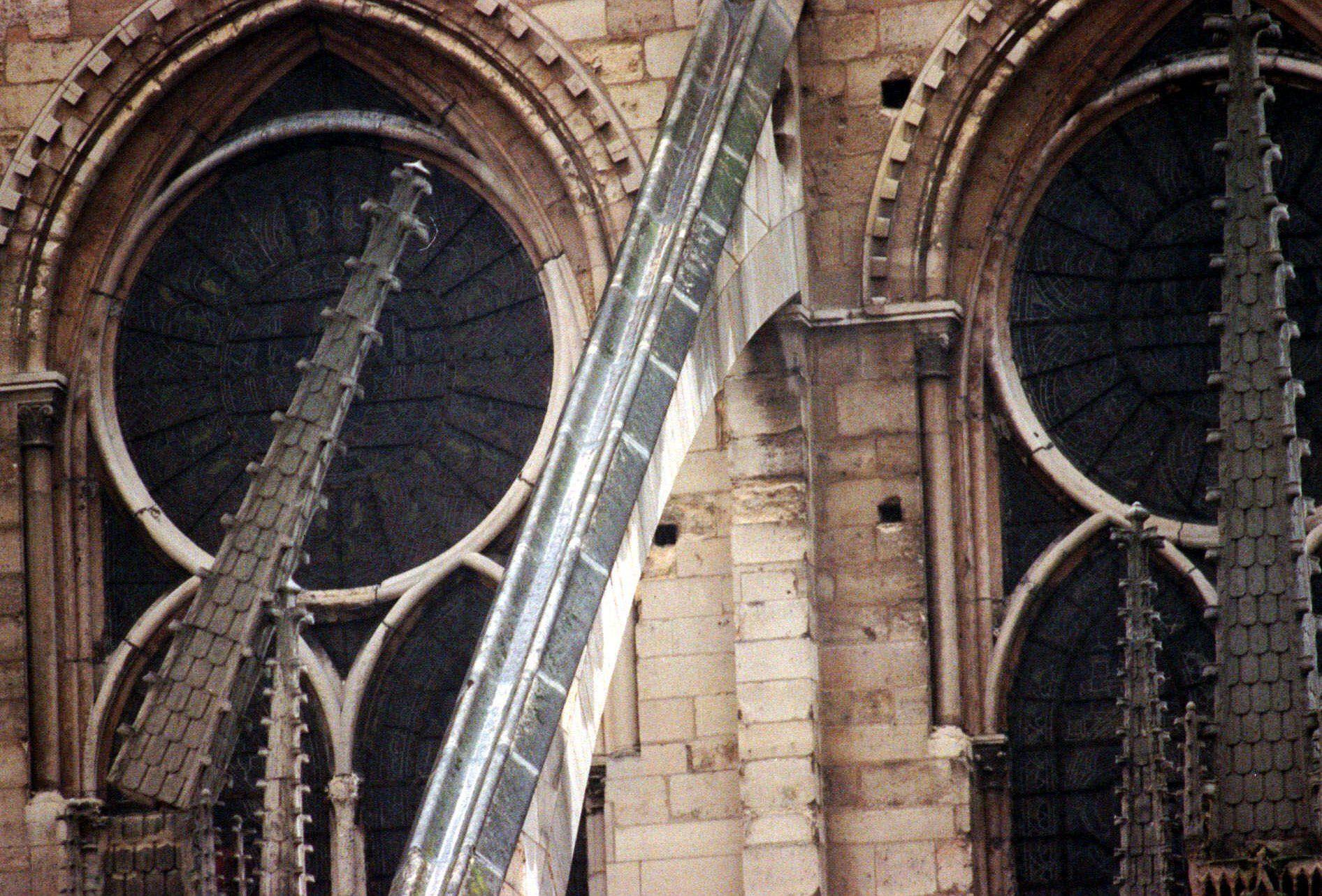 Архівні фото собору паризької богоматері_22