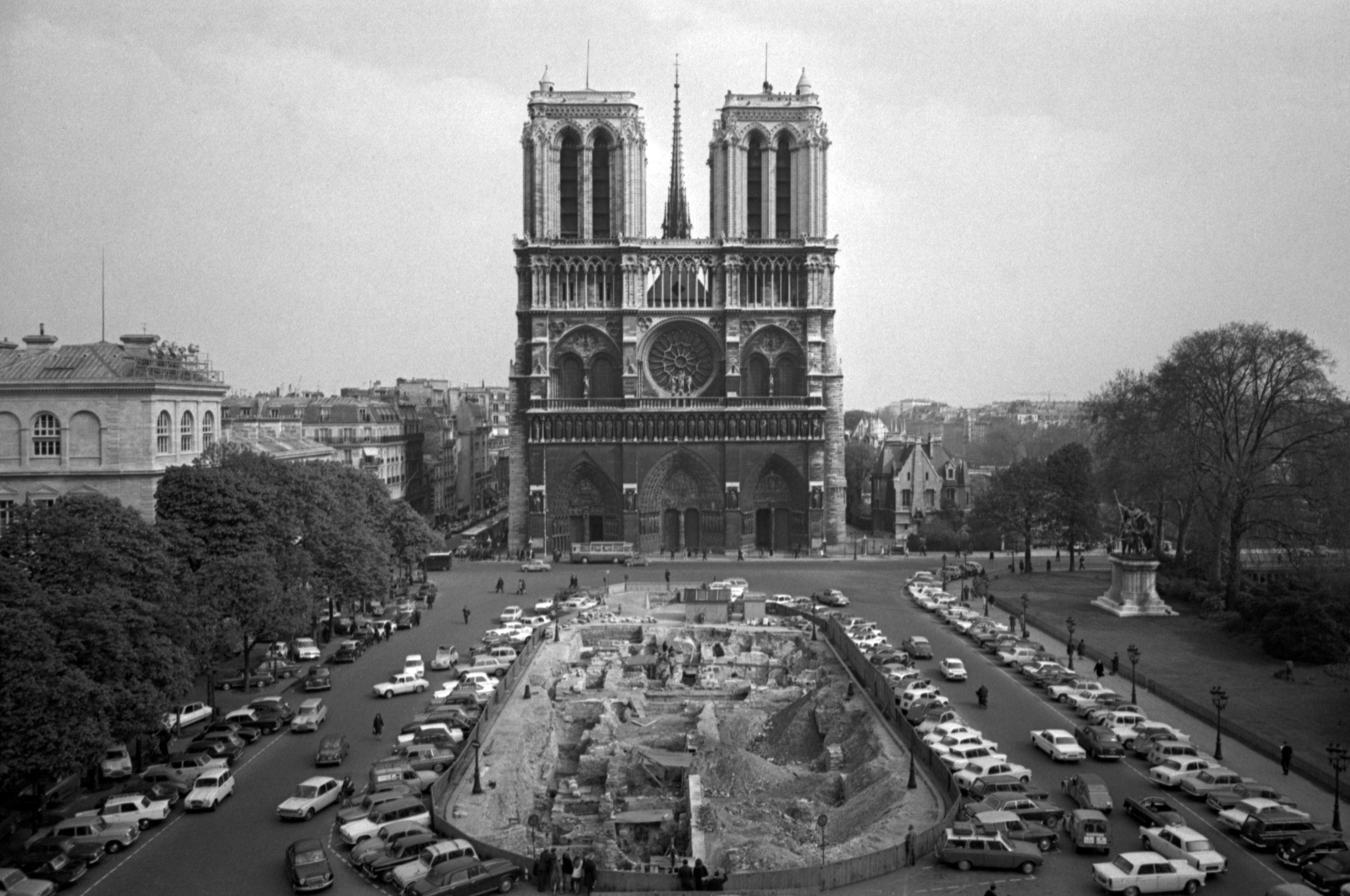 Архівні фото собору паризької богоматері_8