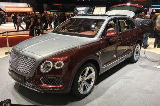 Bentley выпустит гибрид Bentayga уже в 2019 году