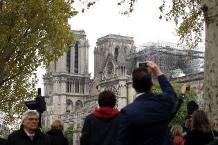 Пожар в Нотр-Даме. Во Франции опасаются, что часть собора обвалится