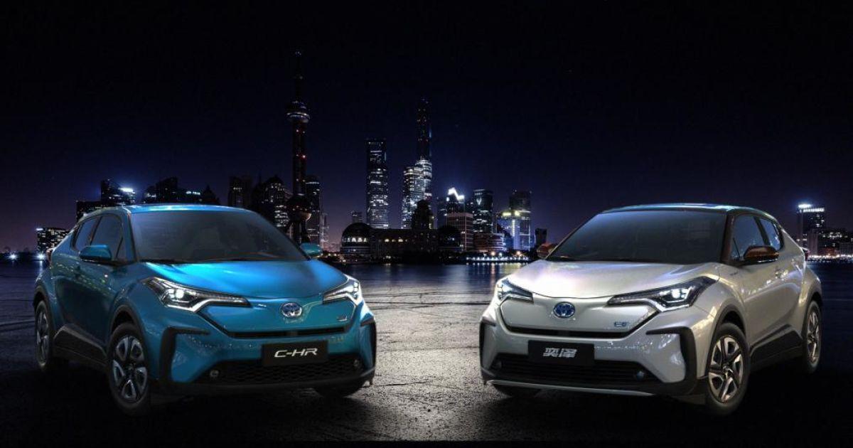 Toyota C-HR и Izoa @ autoexpress