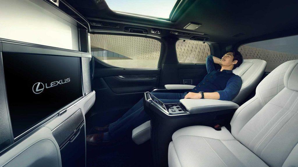 Lexus LM 350_6