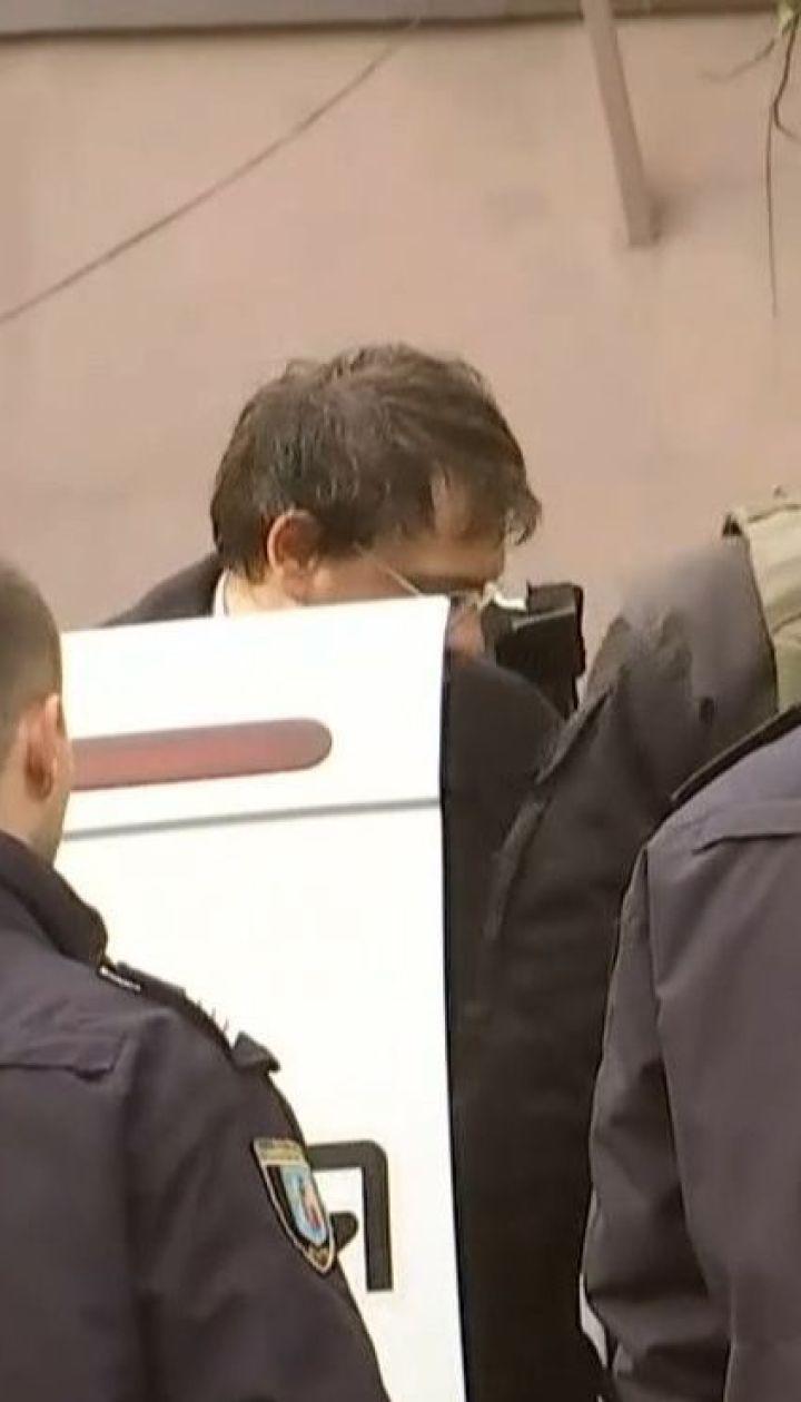 Соломенский суд столицы избирает меру пресечения Дмитрию Крючкову