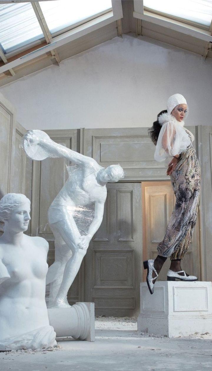 Рианна в фотосете для US Harper's Bazaar