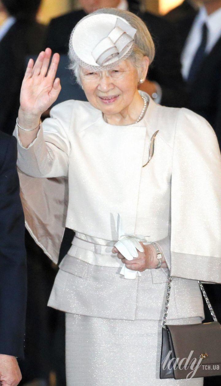 Императрица Японии Митико