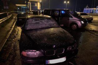 Возле Одессы спецназовцы взяли под охрану пункт контроля за фурами, который ночью разгромили неизвестные