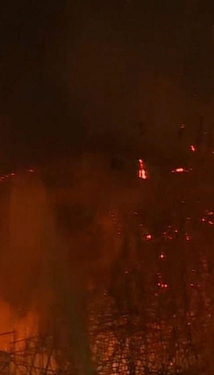 Основная версия пожара в Нотр-Даме - короткое замыкание проводки