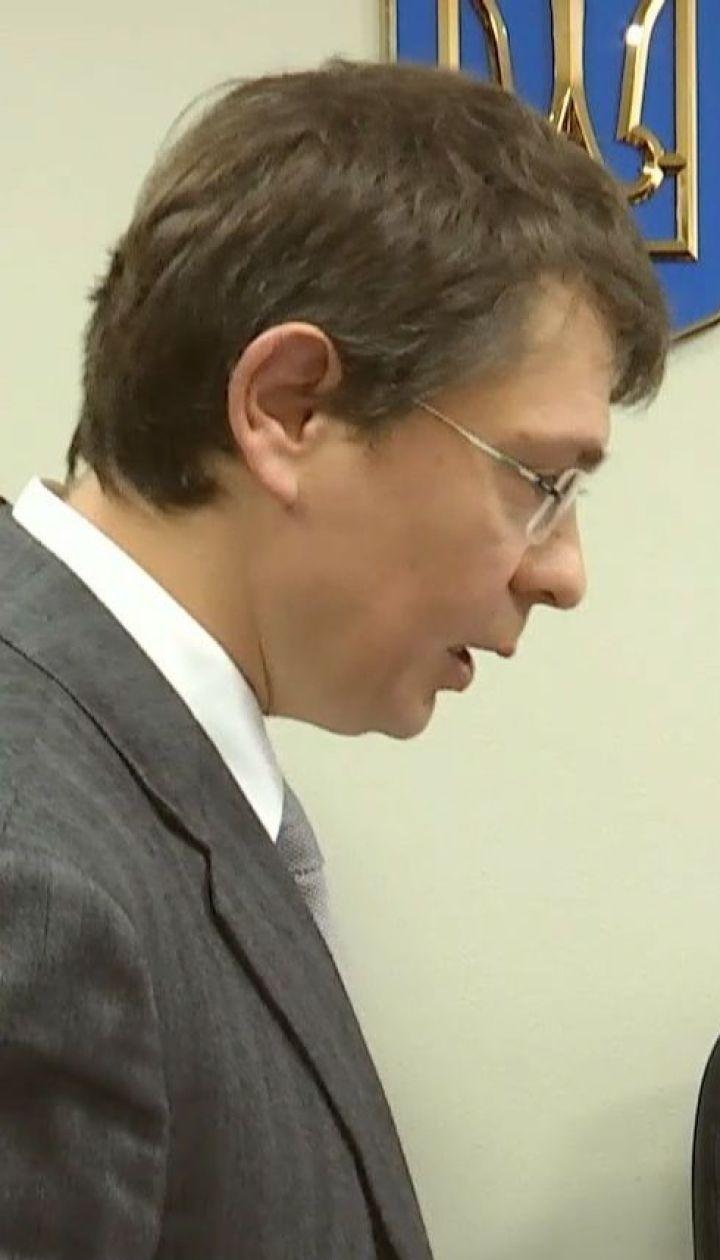 Дмитро Крючков звинувачує нардепа БПП у використанні адмінресурсу
