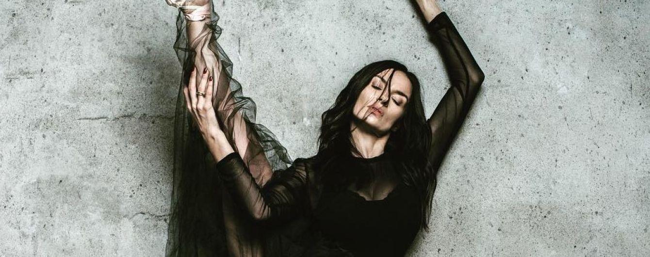 У пишній сукні та на пуантах: Надя Мейхер похизувалася фірмовою розтяжкою