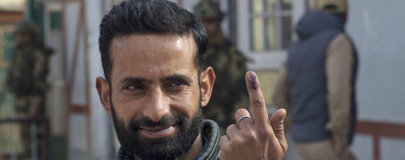 В Індії чоловік відрубав собі палець, бо проголосував не за ту партію