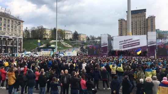 Порошенко несподівано виступив на Майдані Незалежності
