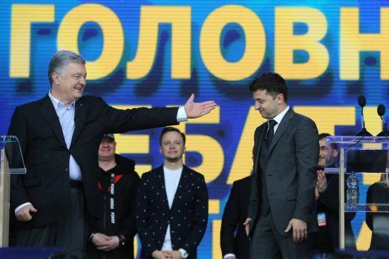 Зеленський vs Порошенко. Остаточні результати виборів у чотирьох інфографіках