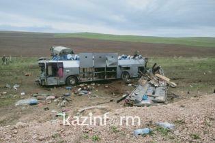 У Казахстані в моторошній ДТП перекинувся автобус, 11 загиблих