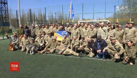 На передовой свое 5-летие отмечает один из самых первых добровольческих батальонов
