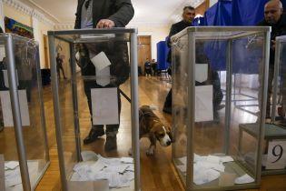 На избирательных участках мало наблюдателей – комитет избирателей