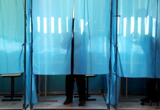 У столиці нетверезий чоловік намагався двічі проголосувати на виборах