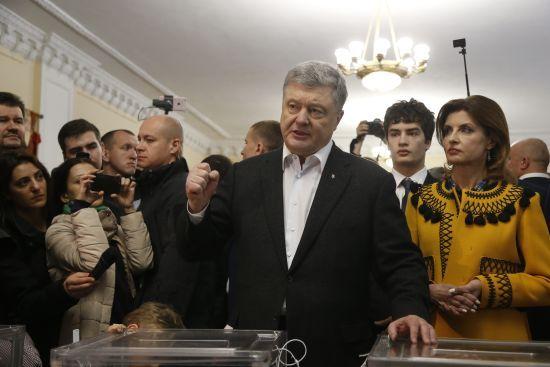 Порошенко стане лідером партії і формуватиме нову команду на праймеріз – Герасимов