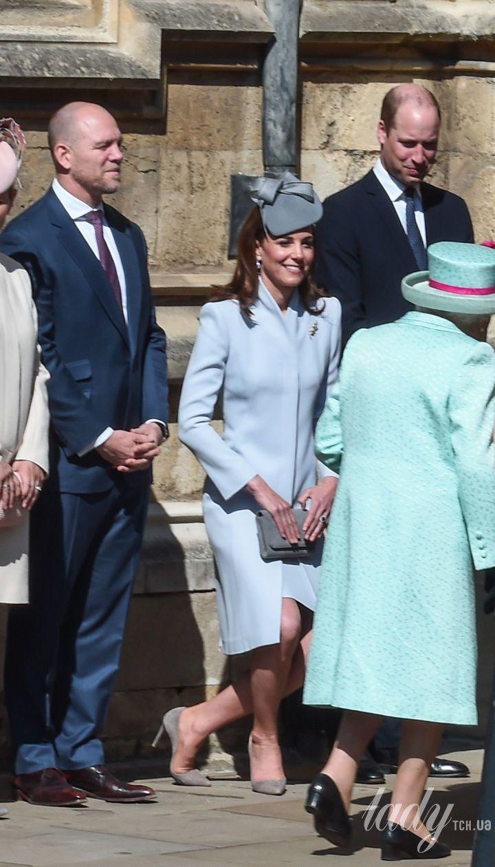 Принц Гаррі, Зара Тіндолл, герцогиня Кембриджська Кетрін і королева Єлизавета II