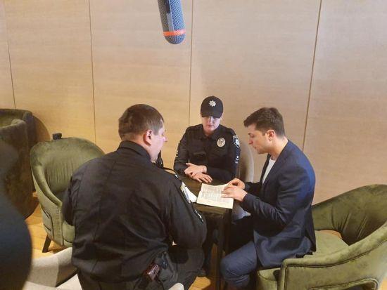 Зеленського оштрафували за порушення таємниці голосування