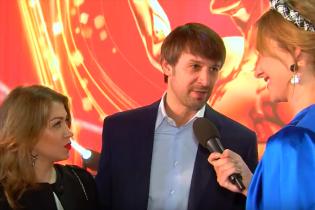 Олександр Шовковський зізнався, чи планують вони з коханою поповнення у родині