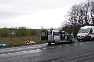Смертельна ДТП під Луцьком: медики сподіваються врятувати 5-річного хлопчика