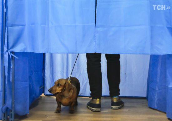 Останній день зміни місця голосування: як він минув і куди подівся ажіотаж