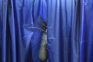 Під час другого туру виборів на дільницях померло двоє людей