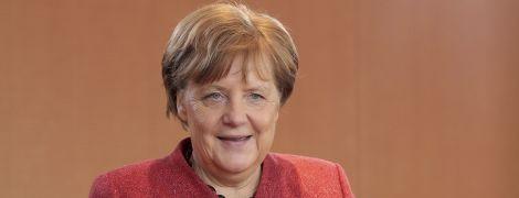 Меркель привітала Зеленського з перемогою на виборах і запросила до Німеччини