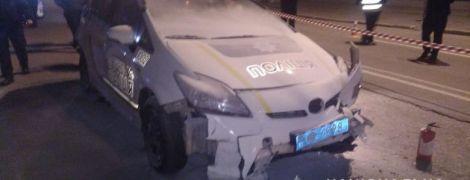 Молодику, який у центрі Києва викрав поліцейське авто і збив патрульну, загрожує довічне ув'язнення