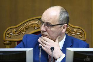 Парубий назвал абсурдом решение суда в отношении УПЦ МП