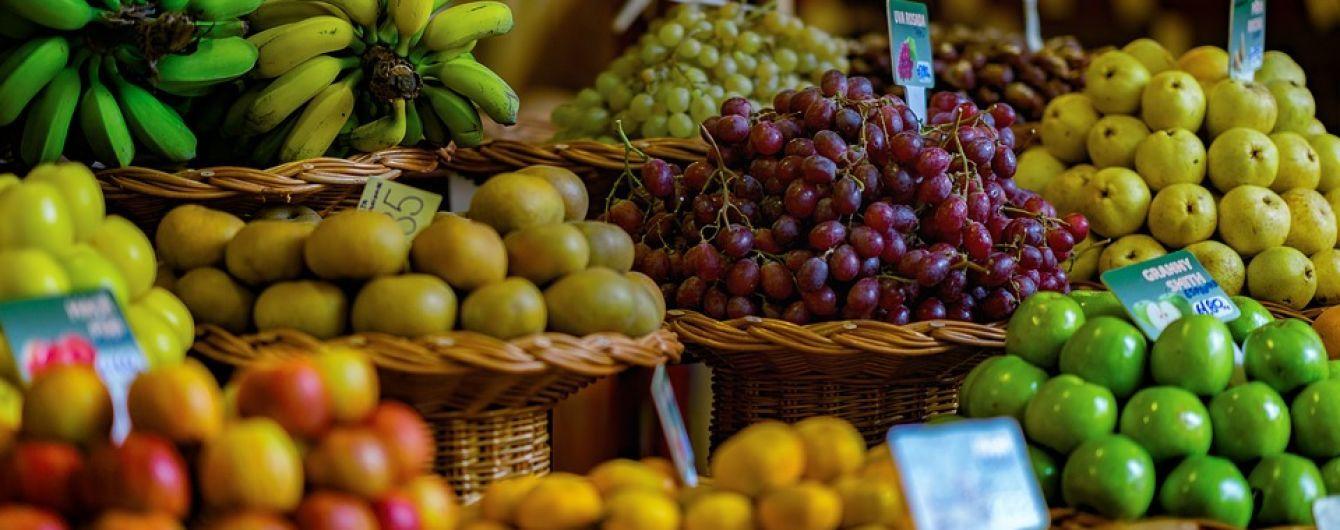 Дешевле, чем в Польше: за год фрукты в украинских магазинах подешевели на 6%