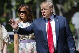 В цветочном платье и лавандовых туфлях: красивая Мелания Трамп на пасхальной службе