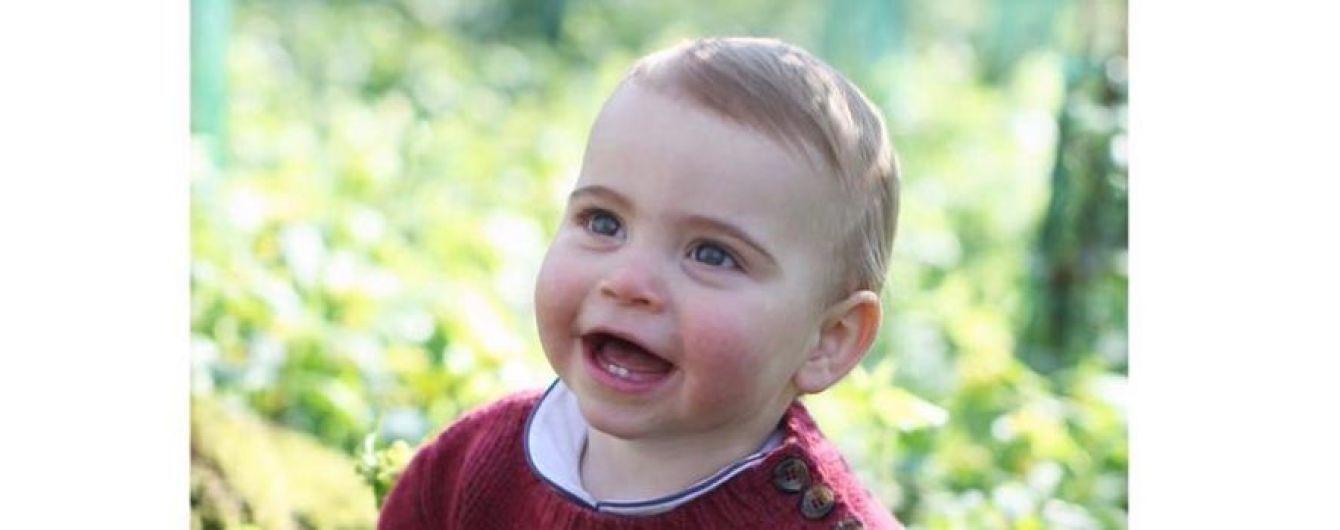 Принцу Луї виповнився один рік: Кембриджі поділилися новими знімками молодшого сина