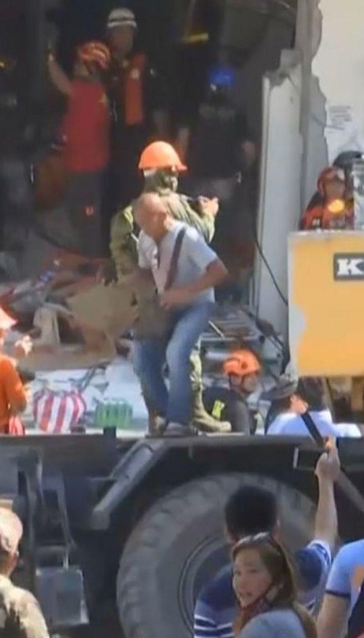Сильний землетрус вбив на Філіппінах щонайменше 11 людей