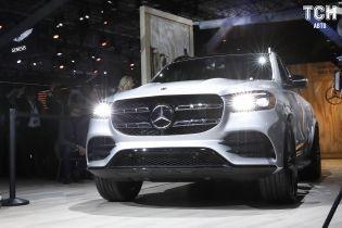 Mercedes-AMG представив флагманський гібридний кросовер GLS