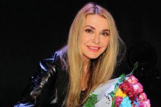 Ольга Сумская чувственно поздравила свою сестру и показала архивные фотографии