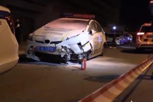 Викрадення поліцейського авто й наїзд на жінку-інспектора. Прокуратура оголосила підозру зловмиснику