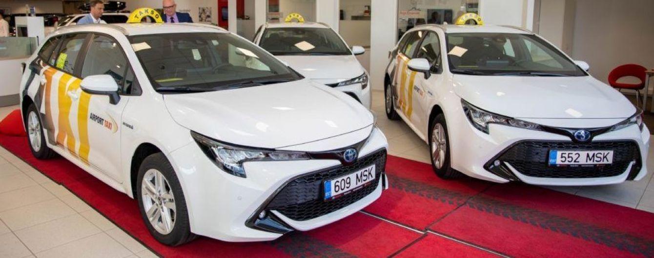 Півтори сотні гібридів Toyota Corolla купив конкурент Uber в Естонії