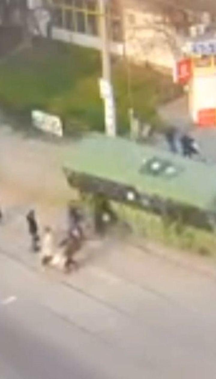 Отказали тормоза: автобус въехал в толпу людей в Каменском