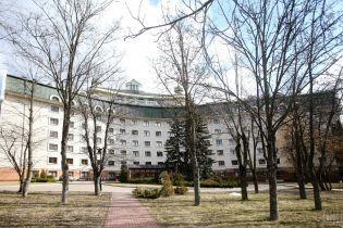 """""""Феофания"""" станет доступной для всех украинцев: Минздрав ликвидирует отдельные медучреждения для госчиновников"""
