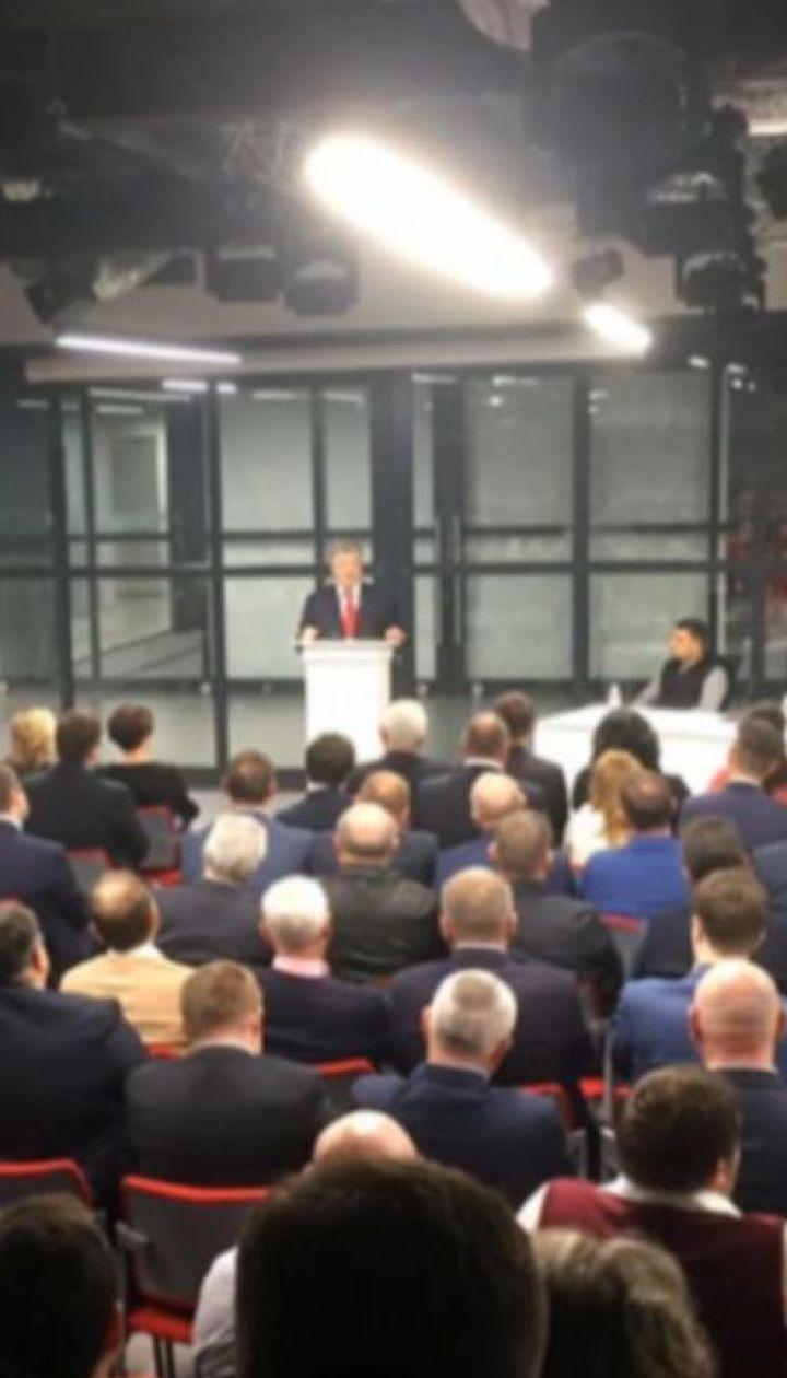Никого не держу: Порошенко собрал свою команду и заявил о готовности к парламентской гонке