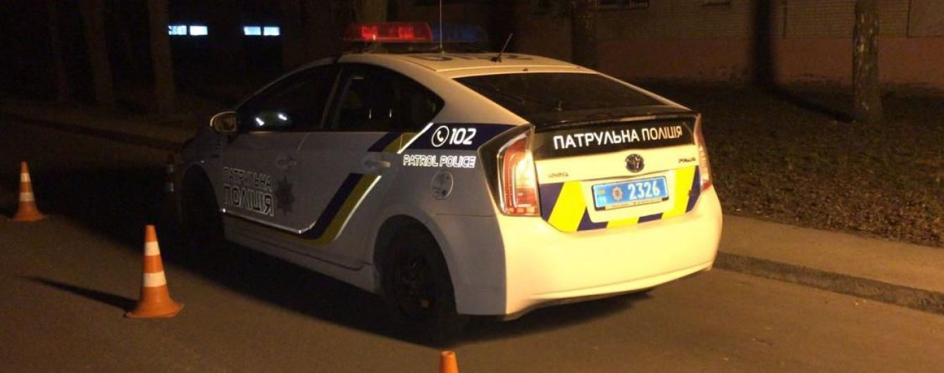 В Сумах мужчина умер в полицейской машине: копы заявили о неадекватном состоянии погибшего