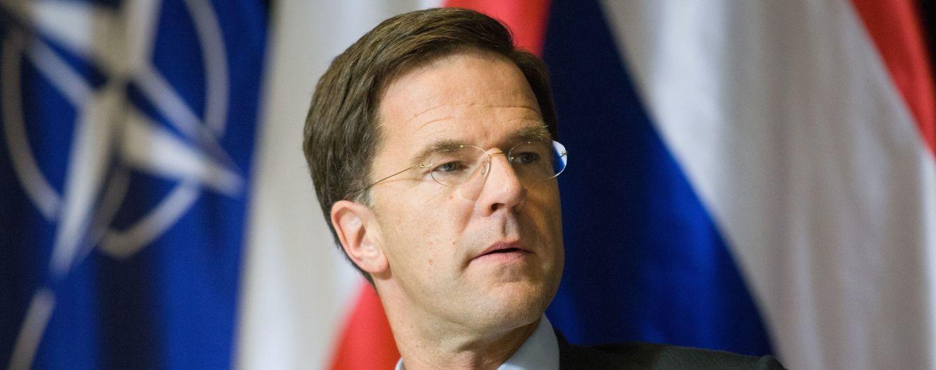 Премьер Нидерландов поговорил с Зеленским о катастрофе MH17