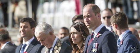 Принц Уильям в мятом костюме встретился с элегантно одетой премьер-министром Новой Зеландии Джасиндой Ардерн