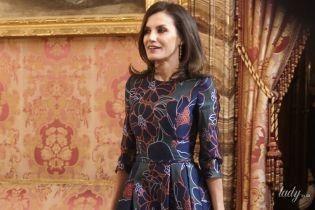 Красиво и дорого: королева Летиция в любимом платье посетила официальный прием