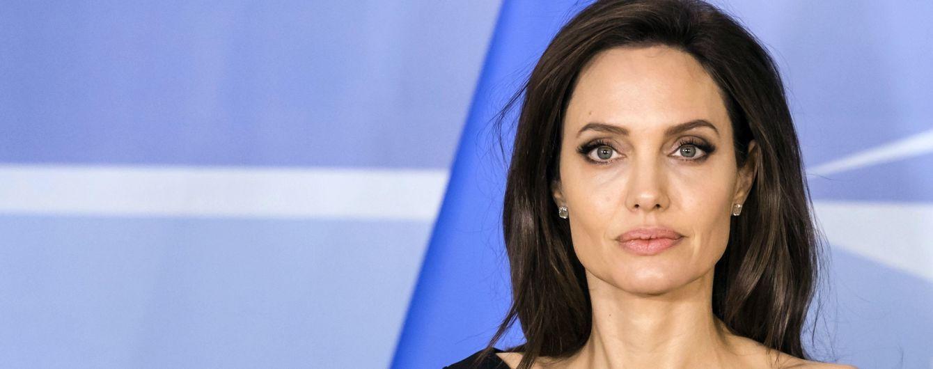 Анджелина Джоли составила завещание и оставила имущество только одному ребенку - СМИ