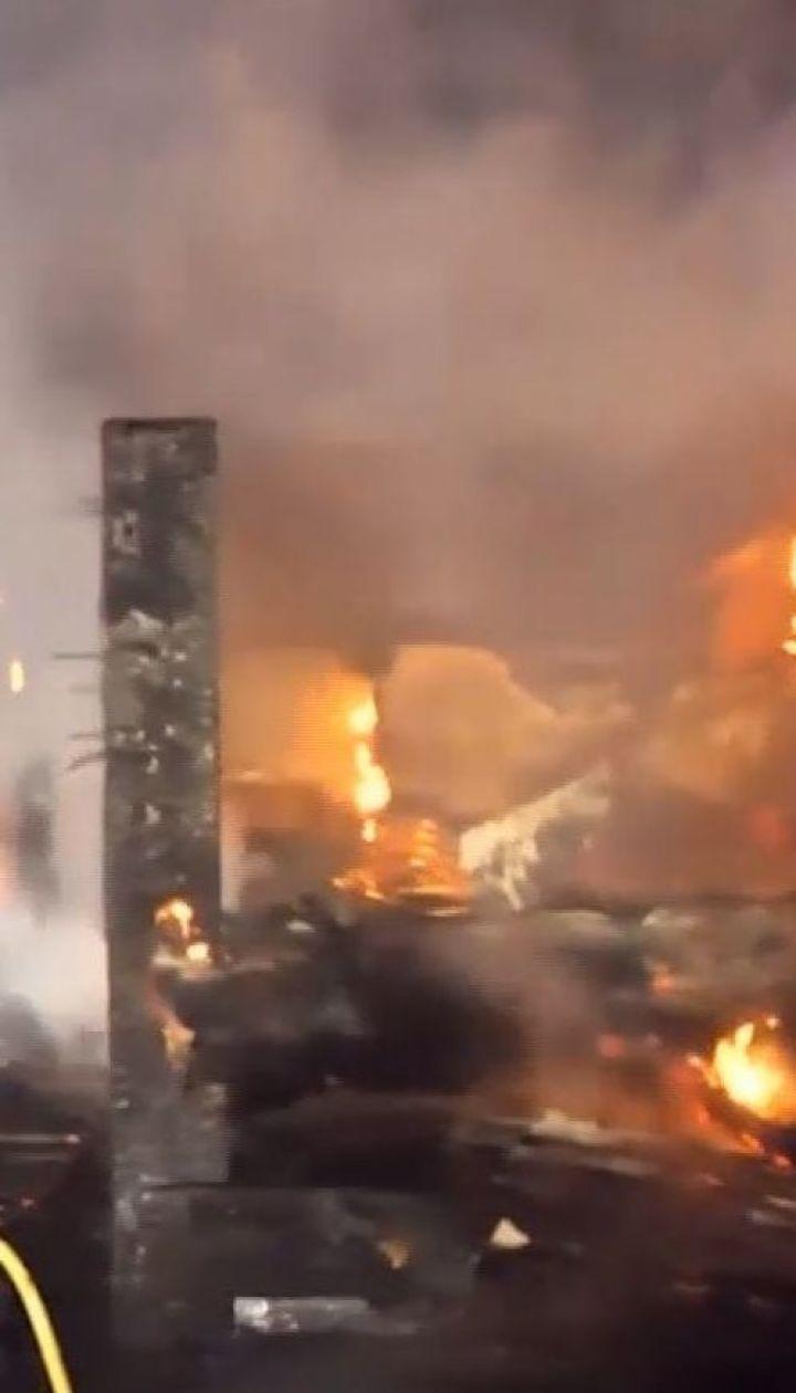 У США з рейок зійшов потяг з етанолом і загорівся