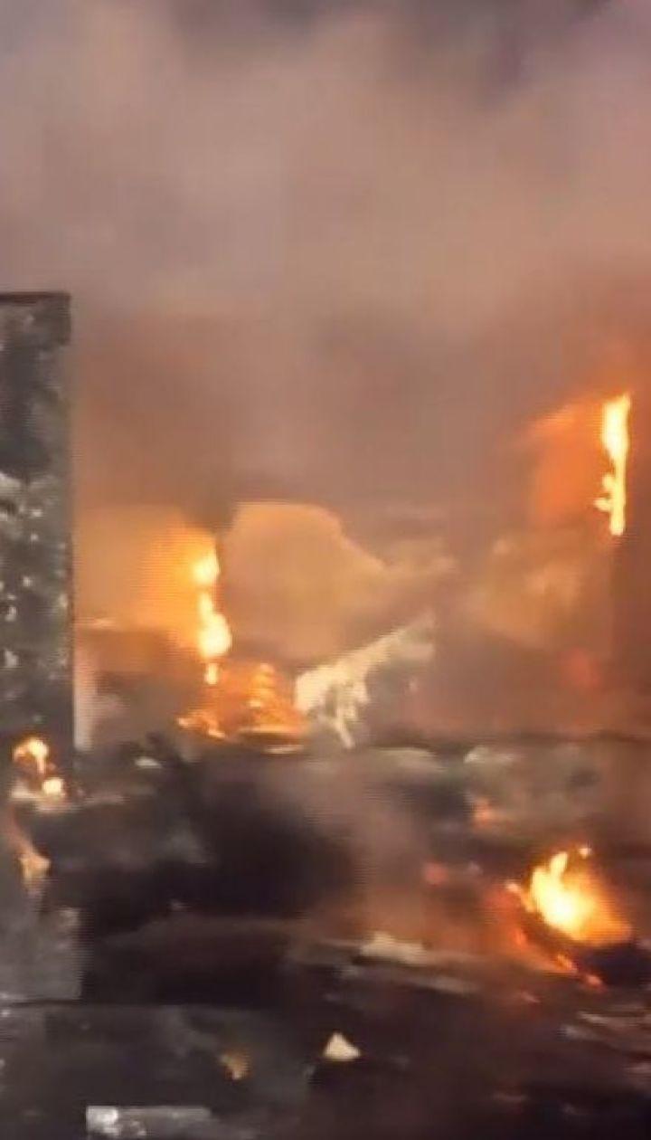 В США сошел с рельсов поезд с этанолом и загорелся