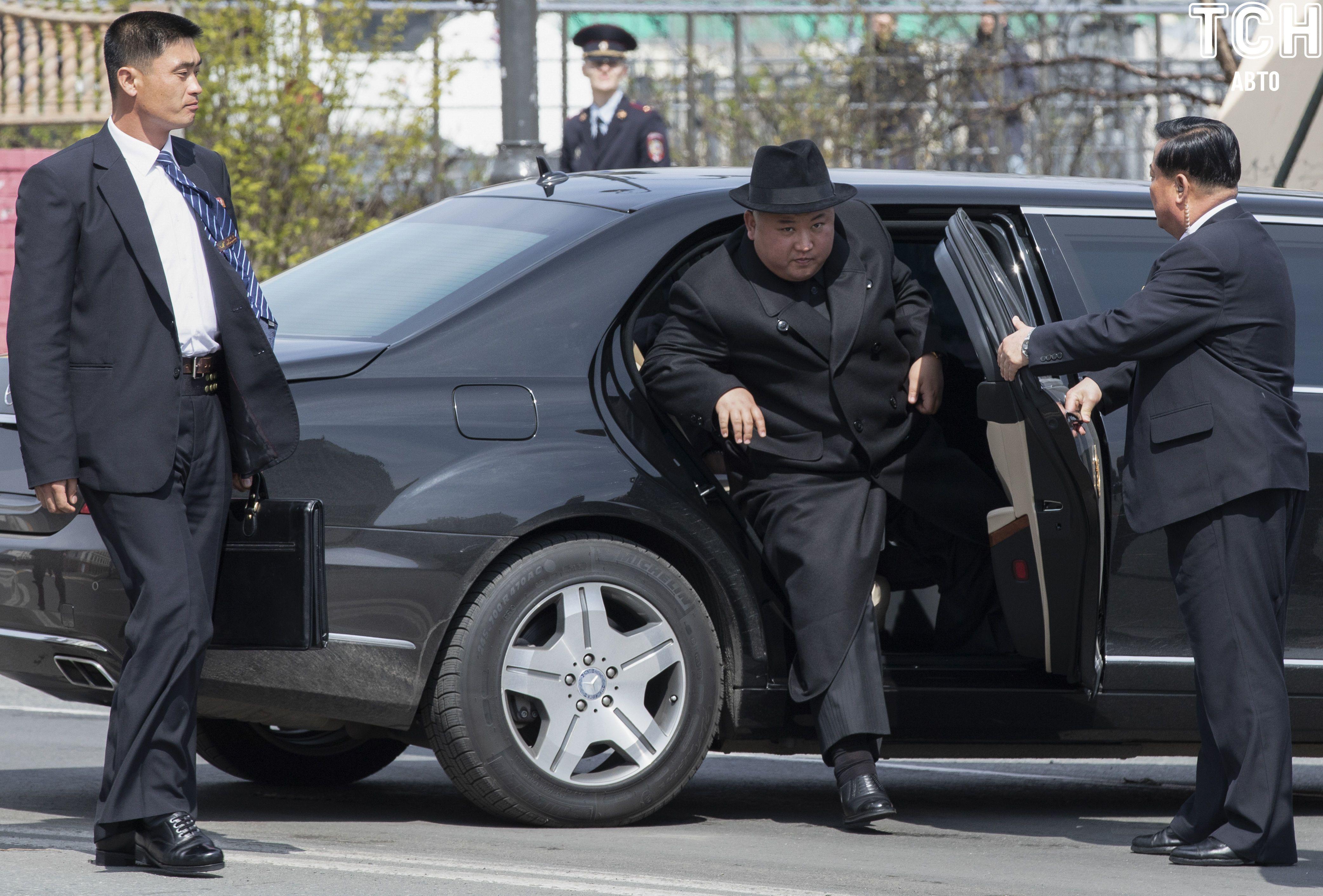 Mercedes-Maybach, которые пренадлежат лидеру КНДР Ким Чен Ыну_4