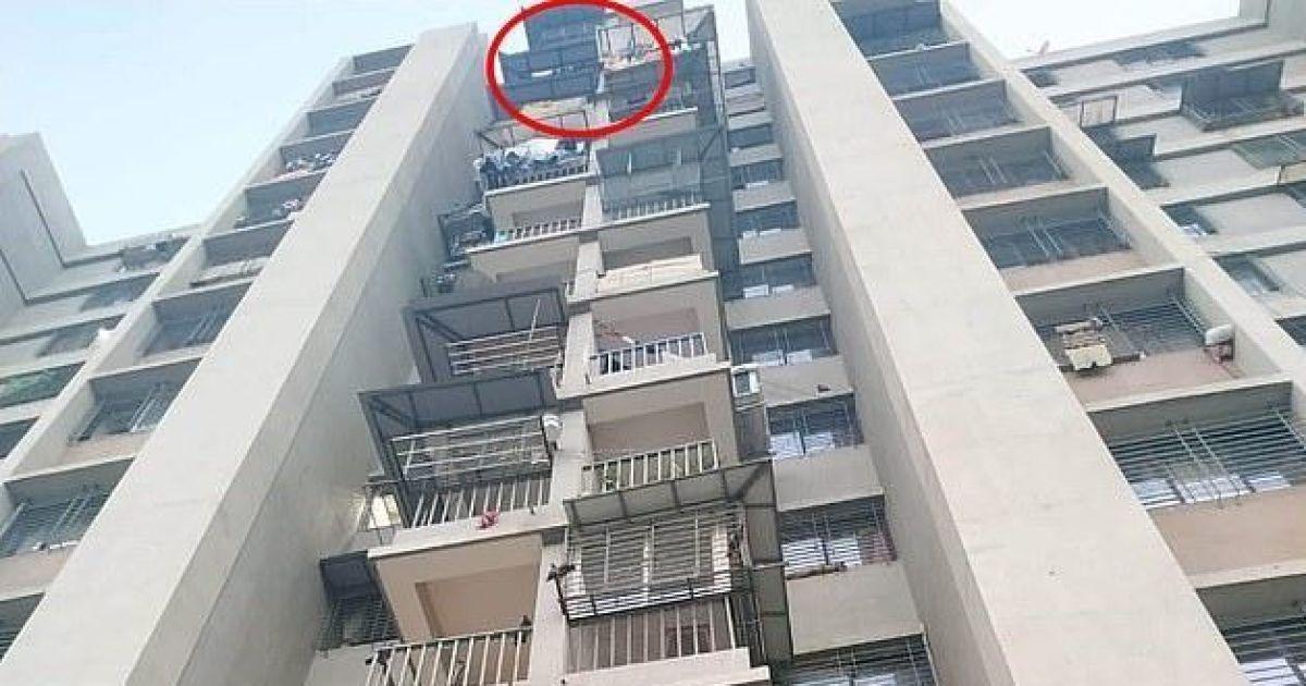 В Індії дівчинка дивом вижила після падіння з 12 поверху
